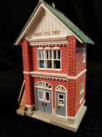 Hallmark Ornament 1991 Fire Station Nostalgic Houses & Shops