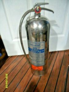 VINTAGE 1960 GENERAL MODEL WS-900 WATER OR ANTIFREEZE FIRE EXTINGUISHER EMPTY