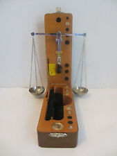 ANTIQUE BEAUTIFUL PORTABLE GOLD OR DIAMOND SCALE IN LEATHER CASE   S#2B