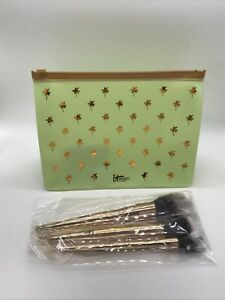 It Cosmetics Your Desert Islanf Must-Haves 3-pc Complexion Brush Set $74 Value