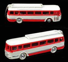 1 / 43 ème CIJ CAR RENAULT rouge et blanc / jouet ancien