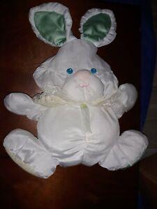 Vintage 1988 Fisher Price Puffalump Quaker Oats Bunny Rabbit Plush Rattle