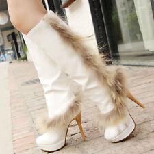 superbe bottes blanche fausse fourrure talons hauts neuf t39