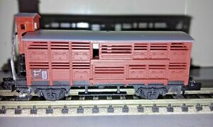 ARNOLD - N Scale - 4 wheel  stock car with brakeman's cabin