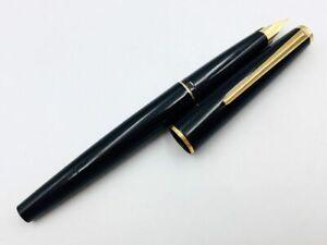 Y6881  MONTBLANC 320 Fountain Pen Black 14K Gold 585 Piston
