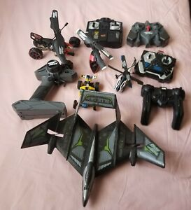 AIRHOGS Lot Of 11 RC Heli, RC Car, Remote Controls ( See Description) FOR PARTS