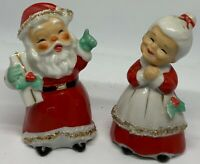 VINTAGE 1957 CERAMIC LEFTON SALT & PEPPER - SANTA CLAUS AND MRS. CLAUS!