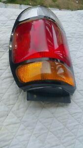 Tail Light for 95-97 Ford Explorer & 97 MercuryMountaineer Passenger  rightSide