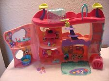 Littlest Pet Shop COMPLETE Cozy Care Adoption Center w/Huskys & Access