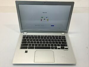 Toshiba Cb30-B3123 Chromebook 2 Intel Celeron 2.160 GHz 4GB Ram 16GB Chrome OS