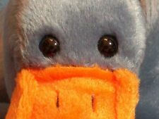 BEANIE BABY GUESS WHO I AM BIRD PELICAN SCOOP BLUE ORANGE DATE OF BIRTH: JULY 1,