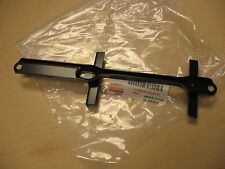 TOYOTA TUNDRA 99-06 GENUINE FACTORY OEM BATTERY HOLD DOWN CLAMP