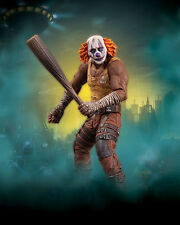 DC: Batman Arkham City series 3: CLOWN THUG WITH BAT figure - SALE!