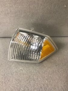 2007-2009 Jeep Compass Turn Park Signal Light Left Driver 5303979