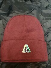 Maroon acrylic lawn bowls beanie.  One size fits all
