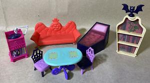 Disney Jr Vampirina Scare B&B Dollhouse Replacement 8pc Furniture Lot