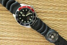 NICE OLD STOCK CITIZEN 200M STAINLESS STEEL DBL BLACK & COLA DIVER COMPASS WATCH