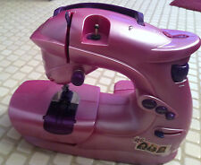 USED BRATZ GIRLS/KIDS  PURPLE SEWING MACHINE