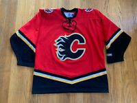 Calgary Flames Vintage 90's Air Knit Maska CCM Home Jersey Red EUC Size L NHL