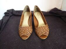 BONBONS DREW TAN WEDGE HEEL LADIES LEATHER SHOES SIZE 6.5