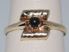 10k Gold ring with Onyx gemstone and beautiful design