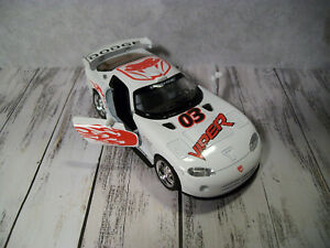 "B4  Kinsmart Dodge Viper GTSR, White w/Graphics, 1:36 or 5""L"