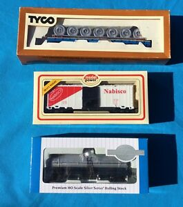 Bachmann, Tyco & Model Power  HO scale Train Carriages, rolling stock x 3 Boxed