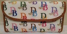 BUY IT NOW! EUC DOONEY & Bourke Signature DB 1975 WHITE MULTICOLOR Clutch Wallet