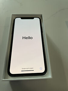 Apple iPhone XS - 64GB - Space Gray (AT&T)  A1920 (CDMA + GSM)