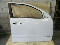 Genuine 2005 Holden Astra AH CDX Wagon 05-07 RIGHT FRONT DOOR SHELL WHITE Y474