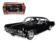 1965 Chevrolet Impala SS 396 Low Rider Black 1/24 Diecast Model By Welly 22417