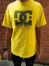 OFFICIAL DC TEE SHIRT SIZE SMALL IN YELLOW WITH TAGS MENS S