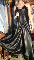 """VTG 70's LINDA LINGERIE XL  SILKY BLACK NEGLIGEE NIGHTGOWN 44"""" BUST"""