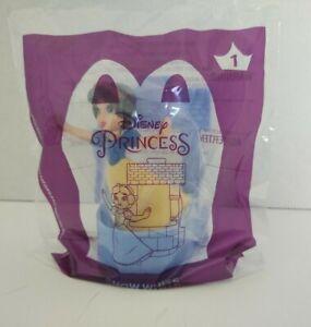 Disney Princess 2021 McDonald's Happy Meal Disney Princess Snow White NEW