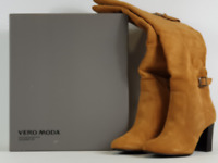 BRAND NEW CLASSIC LADIES  VERO MODA SUEDE LEATHER BOOTS SIZE U.K.6.5 RRP £120