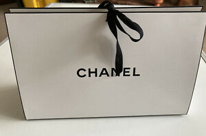 EMPTY CHANEL WHITE TIE UP BAG/BOX SMALL (L27 X H17.5 X D9.5)TISSUE PAPER RIBBON