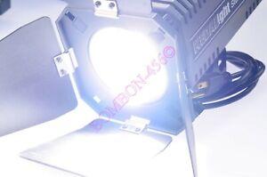 Photogenic PG4001ML Pro Monolight Electronic Strobe 150WS - 1 OWNER. BARN DOORS