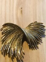 Vintage Monet Gold Tone Textured Twisted Swirl Brooch Pin