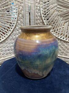 "North Carolina pottery vase - elegant & lovely - 7"" high, gold rim w/mauve tones"