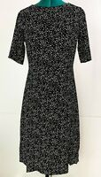 Perri Cutten Mid Sleeve Black and White Dress Casual Corporate Business Size 8