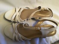 Magdesians California White Leather Strappy Sandals Size 8