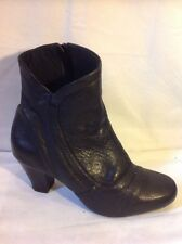 Clarks Black Ankle Leather Boots Size 6E