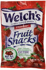 Welchs Strawberry Fruit Snacks, 5-Ounce Bag (12-Bags)