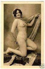 Smiling Nude Girl dans oriental pose/AKT FOTO acte * Vintage risque PC
