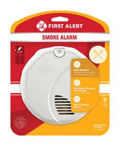 New FIRST ALERT Battery Ionization / Photoelectric Sensor Smoke Alarm 1039828