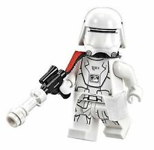 LEGO STAR WARS First Order Snow Trooper Officer W/Cape  KAMA & Blaster NEW