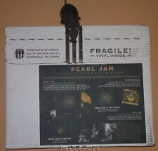 Third Man Records Vault 29 Pearl Jam Live Vinyl Record Pin Single LP Sealed
