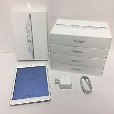 """Apple iPad Mini 2 Wi-Fi 32GB, Silver 7.9"""" - Retina Display + OEM Accessories"""