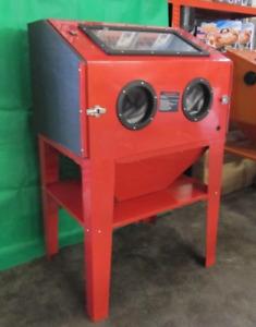 Sand Blast Cabinet SBC350 Grit Blasting Cabinet Workshop. Restoration Blaster