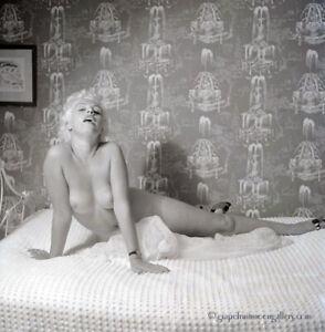 Bunny Yeager Camera Negative Bottled Blonde Una Diehl Boudoir Seduction Frame NR